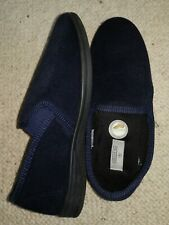 Slippers Size 9 Adult