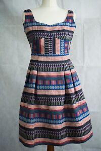 Fitted Italian Designer DRESS Short Empire Line Scoop Neck Geometric Pattern S 6