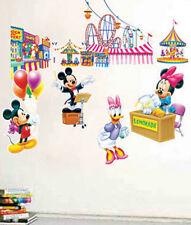 Wall Stickers Wall Tattoo Wall Sticker holding Cushion Mickey Donald mickyfamilie wak-093