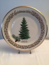 1976 Lenox Christmas Commemorative Issue dinner plate - Douglas Fir