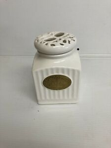 THL Farmhouse white tea canister lace lattice top classic french