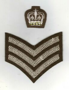BRITISH ARMY COLOUR/STAFF SERGEANT INSIGNIA FOR NO 2 DRESS  PADDED CROWN  SINGLE