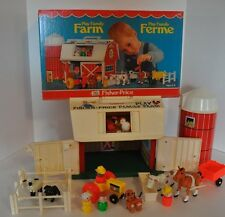 Vintage Fisher Price Little People Farm # 915 100 % Complete with Box