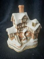 David Winter Cottages Special Christmas Ebenezer Scrooge's Counting House 1987