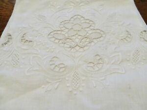 "Large Vintage White Linen Butler Bath Towel Embroidery Cut & Drawn Work 28X 44"""