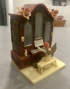 "Vintage ETM Angel Playing Organ ""Silent Night""  Music Box, It Works!!"