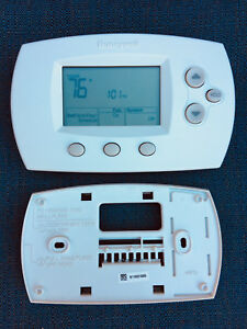 Honeywell FocusPRO® 6000 TH6110D1005 - 5-1-1 Programmable Thermostat