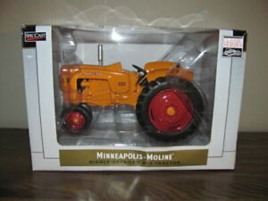 SpecCast 1:16 Scale Minneapolis-Moline 445 Tractor