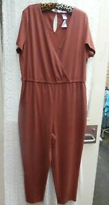 NWT Lovely rust crinkle stretch fabric Jumpsuit Size 18