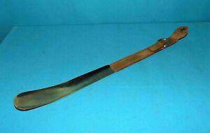 chausse pied ancien en cuir et laiton 49,5 cm