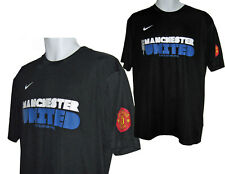 NUOVO Nike GLORY GLORY Manchester United Poli T SHIRT NERO MISURA MEDIUM