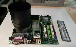 Carte mère MICRO ATX MSI MS-7091 VER 2.00 +PENTIUM 4HT 3.06GHZ+1 GB DDR2 PC 4300