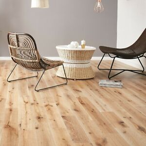 Natural White Washed Solid Oak Wood Flooring by Woodpecker 1.5m2 (£27.50 per m2)