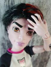 Monster High CAM Create  a Monster Vampir Mann Puppe  MH