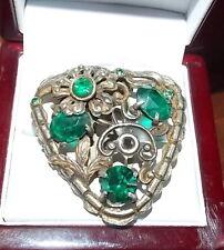 British Emerald Green Glass Rhinestone Pot Metal Silver Fur Dress Clip 10c 37