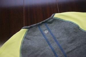 Lululemon Sweatshirt Reversible Athletic Compression Gym Shirt Womens Sz Medium