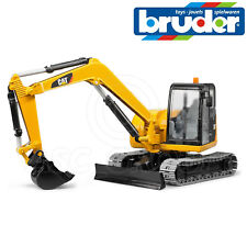 Bruder Toys 02456 Caterpillar CAT Mini Digger Excavator 1:16 Scale Toy Model