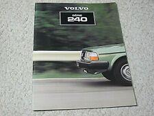 1981 Volvo 240 (Sweden) Sales Brochure.