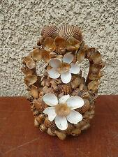 Ancien pot vase, souvenir du bord de mer en coquillage et crustacés Kitch