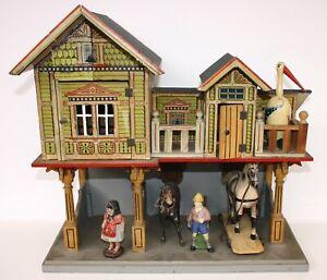 Gottschalk Bauernhaus mit Stall aus Holz mit Figuren (Baujahr um 1908)