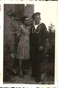 1930ca MILITARE REGIA MARINA CON FIDANZATA  - C16-285