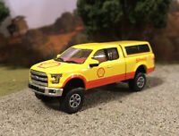 2015 Ford F-150 Custom Lifted 4x4 Farm Truck 1/64 Diecast 4WD Off Road Shell Oil
