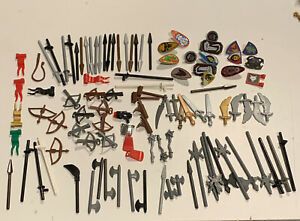 Lego 100 Piece Castle Knights Weapons Lot Shields Swords Bow Arrow Minifigure