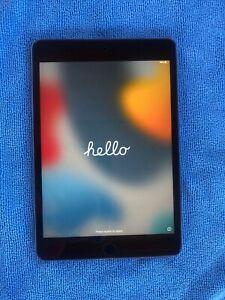 Apple iPad mini 4 128GB, Wi-Fi, 7.9in - Space Gray