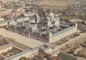 """*Cathedral Postcard-""""Royal Monastery """" /SW View of Surroundings/ (U2-319)"""