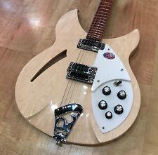 Rickenbacker 330 6-String Electric Guitar (MapleGlo)