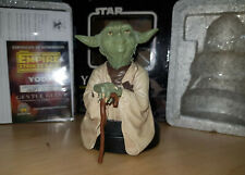 Star Wars Yoda Gentle Giant Bust y Chronicle books