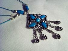 Color Turquesa Vintage Colgante Collar con tinkly Plata conchas de 18 pulgadas