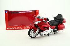 Newray 57253 escala 1:12; Honda Gold Wing; rojo metálico; Excelente En Caja