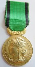 Médaille SOCIETE NATIONALE d'ENCOURAGEMENT AU BIEN par VERNON  FRANCE ORIGINAL