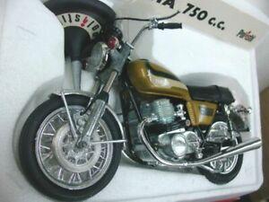 WOW EXTREMELY RARE Yamaha XS 750 C 1976 Candy Gold GM2 BNIB 1:10 Polistil