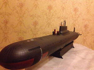 1:350 Soviet/Russian Typhoon class submarine complete model