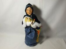 Byers Choice 2004 Victorian Shopping Woman with Armful of Gifts
