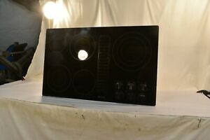 """Jenn-Air Euro-Style series 5 Burner JED3536WB03 36"""" Downdraft Electric Cooktop"""