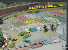 Canada Postcard - Miniland Ltd, Maple Leaf Resort, Niagara Falls - Model   RR35