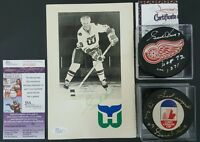 Gordie howe signed SCARCE coupe Canada cup puck HOF RED WINGS WHALERS rare LOT