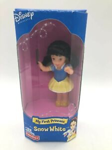Fisher-Price Disney My First Princess Snow White 4 inch Vinyl Collectible Doll