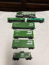 Ho Life Like Burlington Northern F-7 Diesel Engine #9790 With Train Cars!