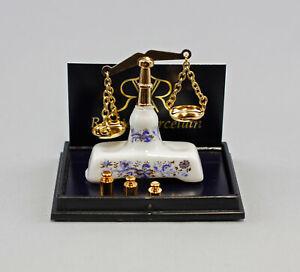 9911057 Reutter Puppenstuben-Miniatur Porzellan Zwiebelmuster Waage