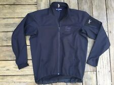 Versatile  ARC'TERYX Full Zip Black Unlined Soft Shell Jacket Size L w/ Logo
