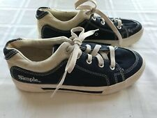 IMPERFECT Simple Antique Modern Womens 9 1/2 Sneakers Blue Canvas TS9