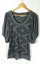 MINKPINK Geometric Print Women's Short Sleeve Top Grey & Black SIZE S