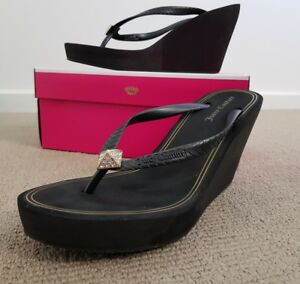 """Pre-owned Juicy Couture """"Brit"""" wedged shoes size 8"""