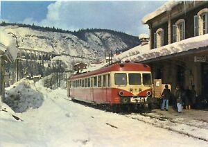 *13449 cpm Train - Locomotive - Autorail X2800 en gare de Morez
