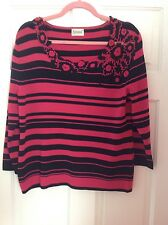 Roman Originals ~ Sweater ~ Medium ~ Pink & Black ~ flower detail at Scoop neck