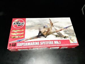 Maquette Airfix Spitfire mk.I 1 48  (ref 5126)  bataille d'Angleterre